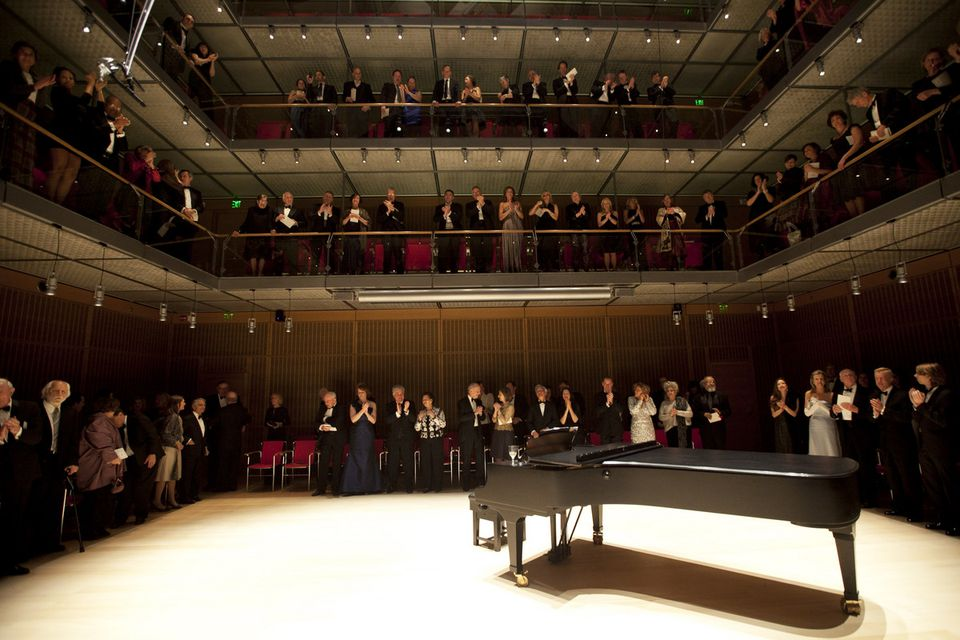 The Isabella Stewart Gardner's new Calderwood Hall allows performers to orient themselves in the middle of the audience.