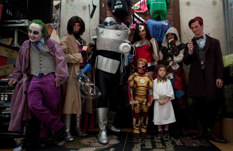 The finalists of the 2014 Boston Comic Con costume contest stood onstage at Dick's Last Resort.