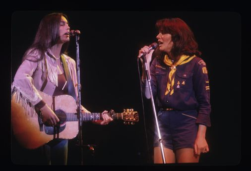 Singing in the USA in 'Linda Rondstadt: The Sound of My Voice'