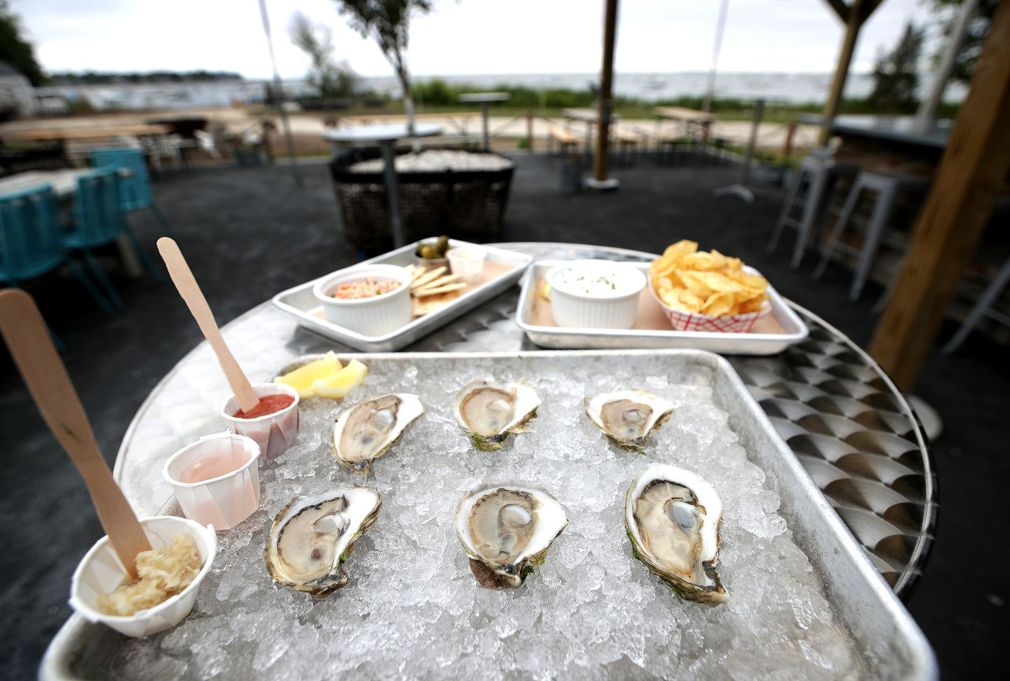 Oysters Don T Get Any Fresher Than The Ones Offered Waterside At Island Creek Oyster Farm In Duxbury The Boston Globe
