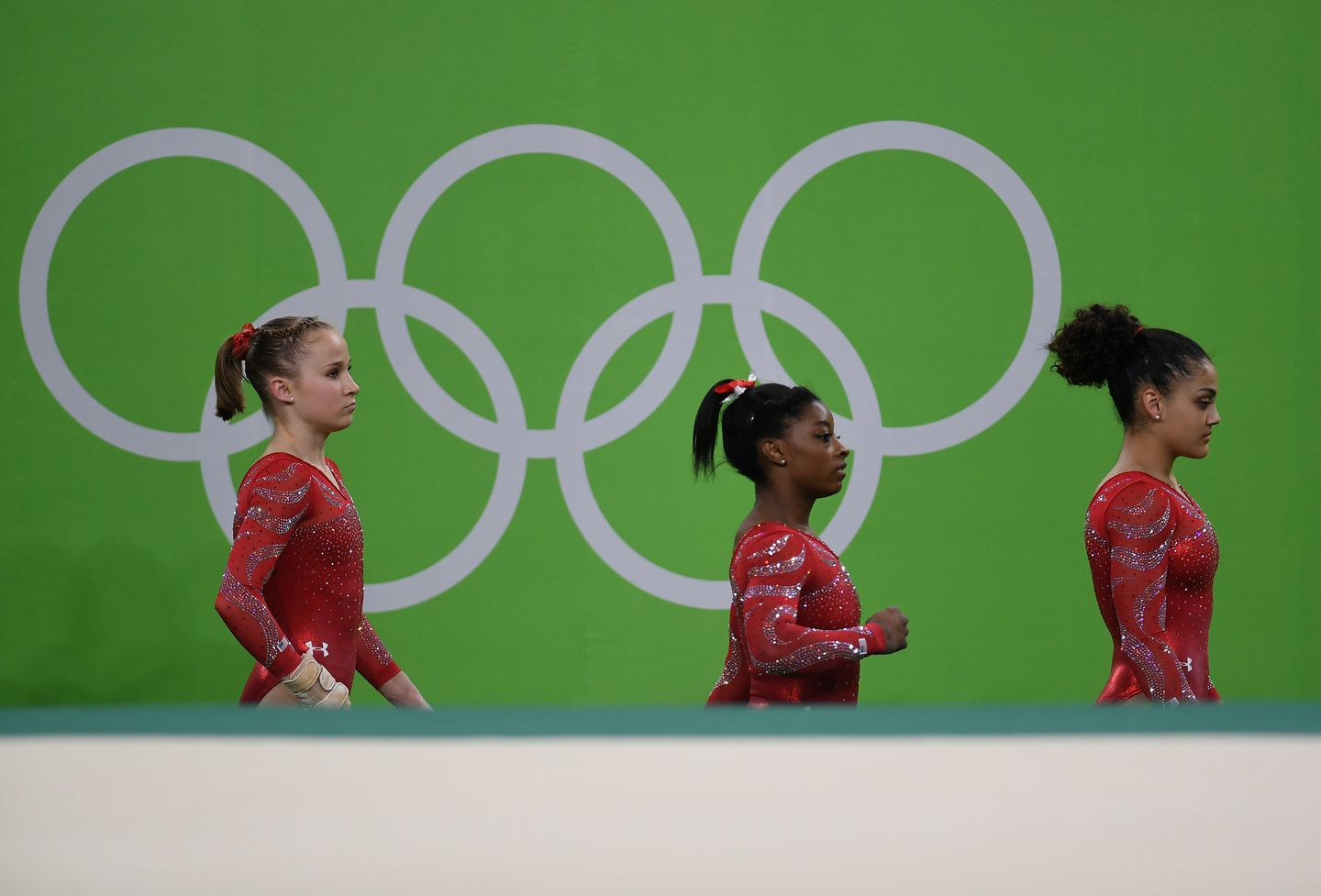 Sunday At The Olympics Us Women S Gymnasts Take The Floor