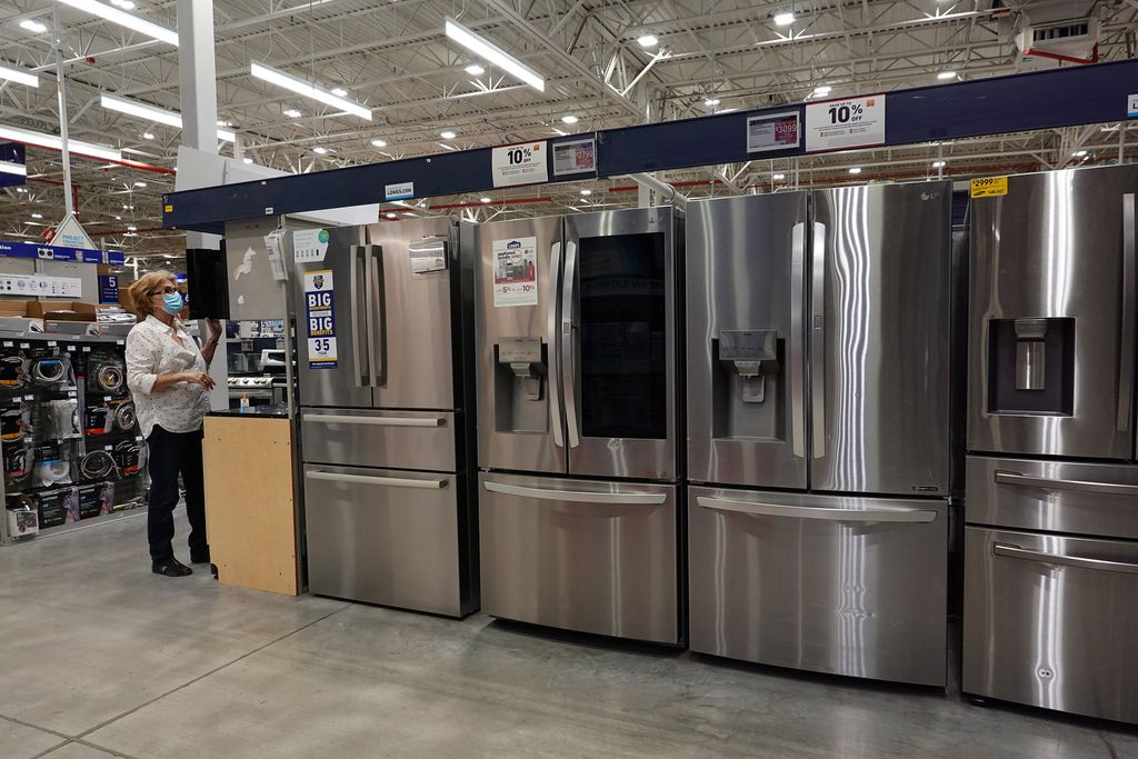A customer shops in the appliance department at a Lowe's in Hialeah, Florida. This weekend in Massachusetts, shoppers will get a 6.25 percent sales tax reprieve.JOE RAEDLE/GETTY
