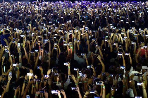 Smartphone society - The Boston Globe