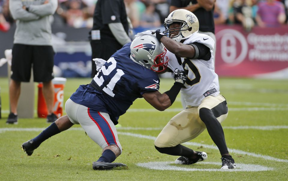 Malcolm Butler (21) tangled with receiver Brandin Cooks while trying to make a tackle during practice last week.