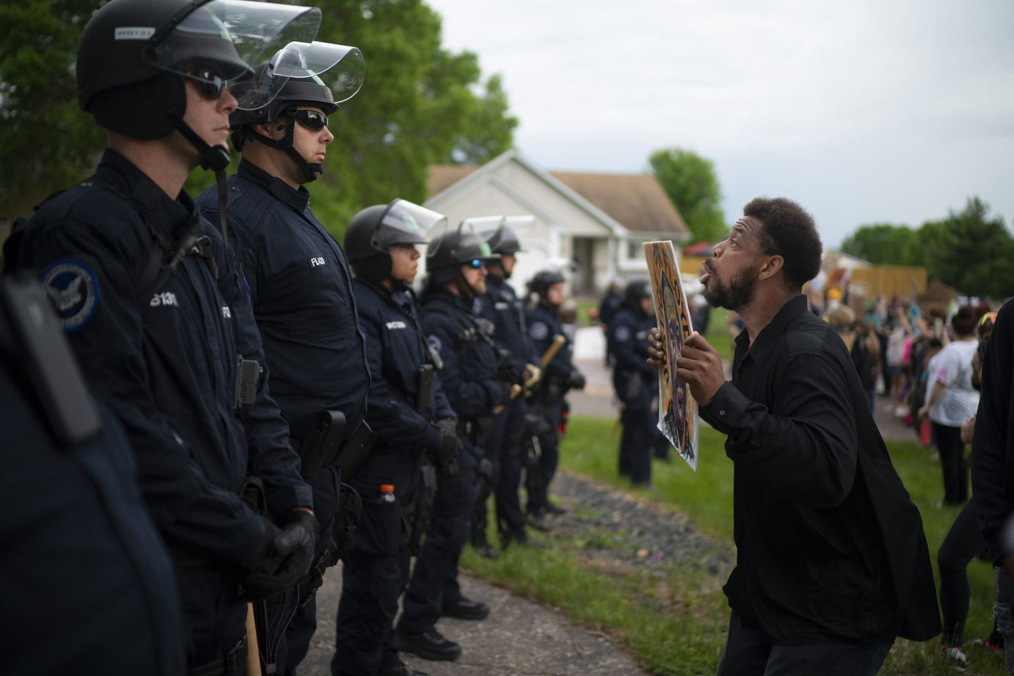 Minneapolis Officer Accused In Black Man S Death Involved In 3 Shootings The Boston Globe
