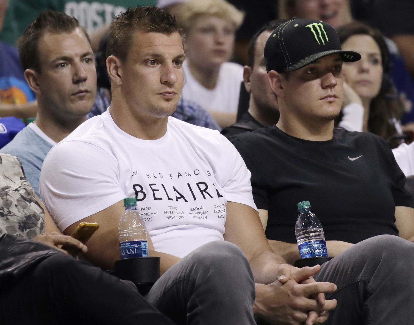 Gronk Pushes Back Against 100 000 Bar Tab Report The