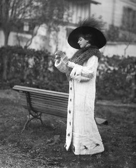 Mata Hari at the racetrack in 1911.