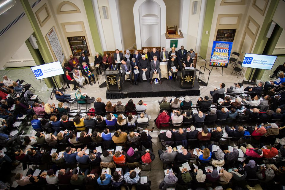 Local politicians joined more than 1,000 GBIO members Monday at the Islamic Society of Boston Cultural Center.