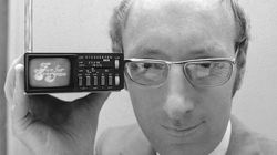 In 1977, Mr. Sinclair displayed the Microvision television.