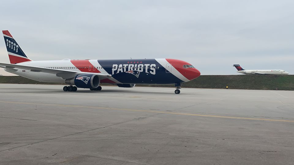 The unmistakable team plane of the Patriots.