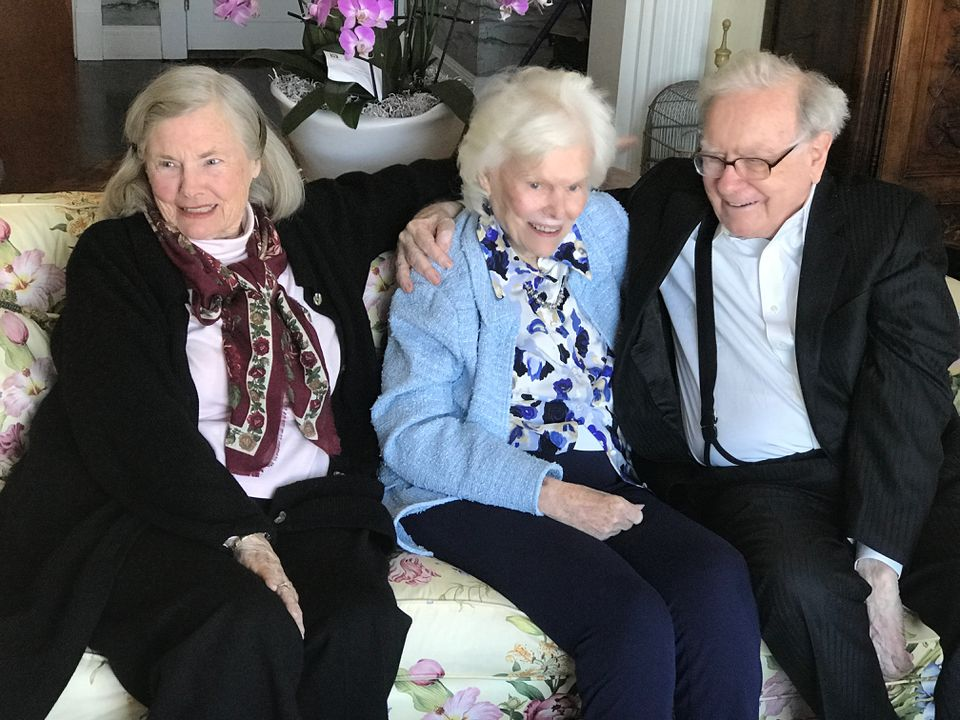 "From left: siblings Roberta ""Bertie"" Buffett, Doris Buffett and Warren Buffett at Doris's Back Bay home. Doris created the Letters Foundation, funded by her billionaire brother, that helped people in need."