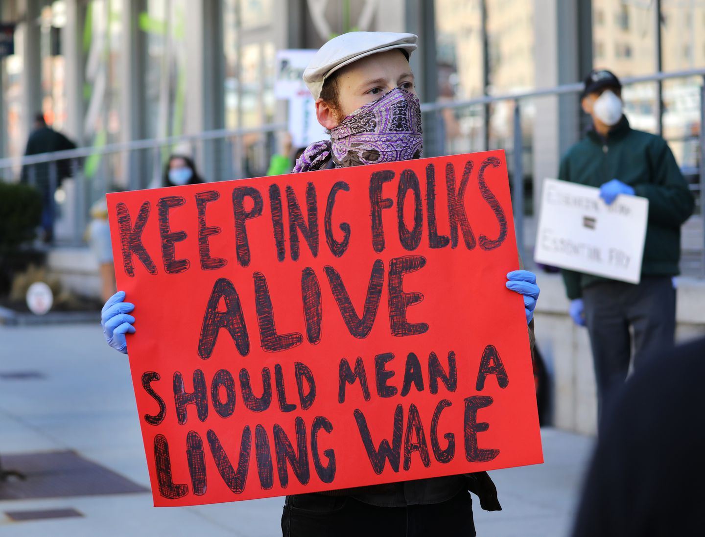 As more grocery store workers die, employees call for better protection - The Boston Globe - 웹