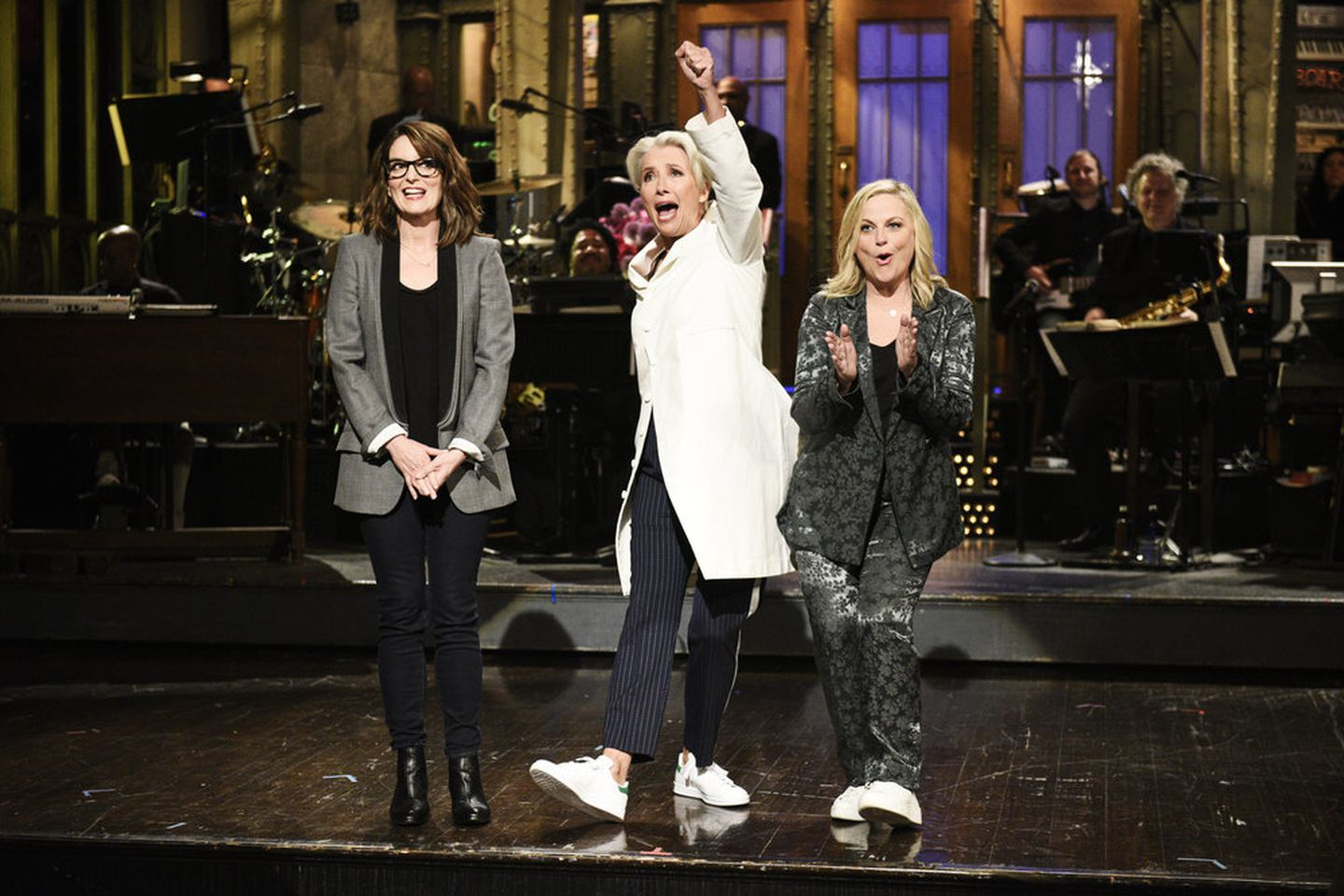 'Saturday Night Live' Moms And Son Pay Sweet Homage To Mothers
