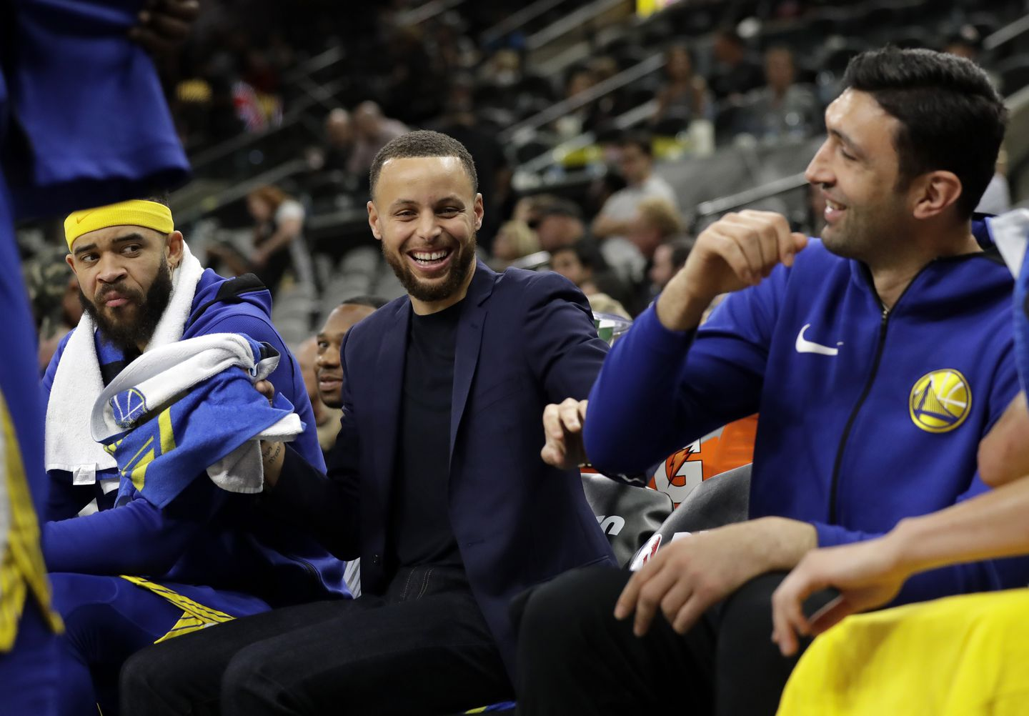 ef99a5c22b92 Golden State Warriors  JaVale McGee watches as Stephen Curry (center) jokes  with Zaza