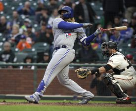 Vladimir Guerrero Jr. went 3 to 4 on Tuesday night in San Francisco, and blasted his first major leagues in the first and sixth rounds.