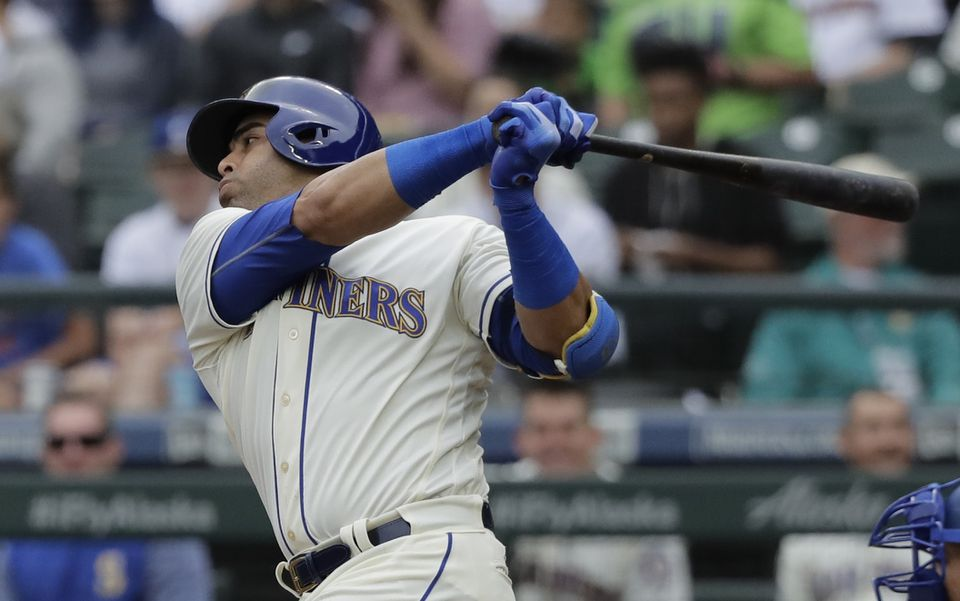 Many teams who want a power hitter in their lineup are pursuing Nelson Cruz in free agency.