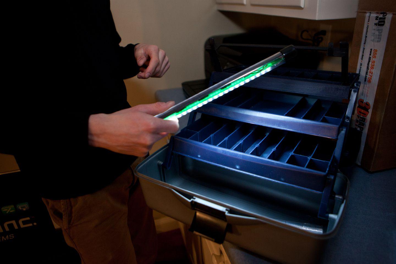 The ProGlo+ features a detachable, waterproof LED light.
