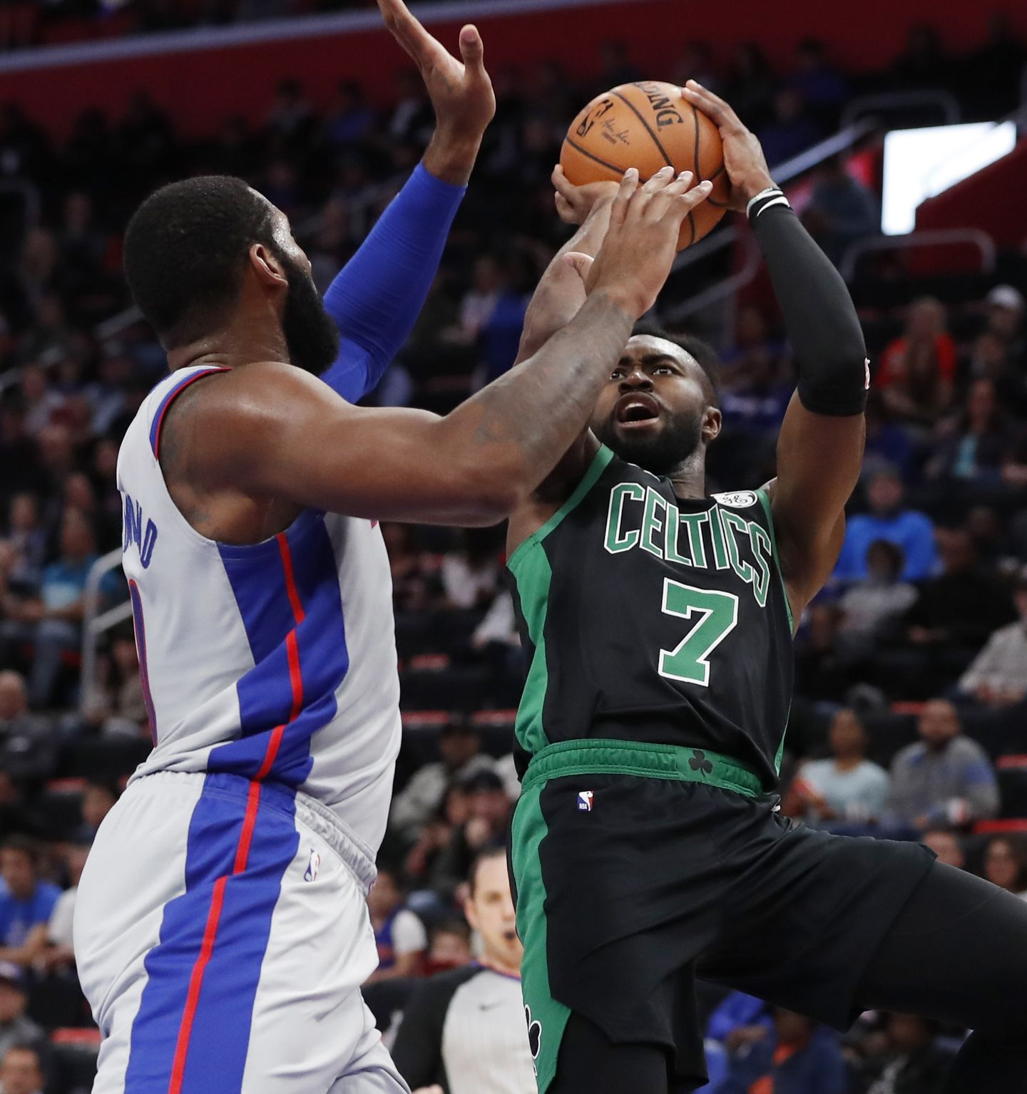 Kyrie had just 3 points, and the Celtics blew out the Pistons anyway - The  Boston Globe