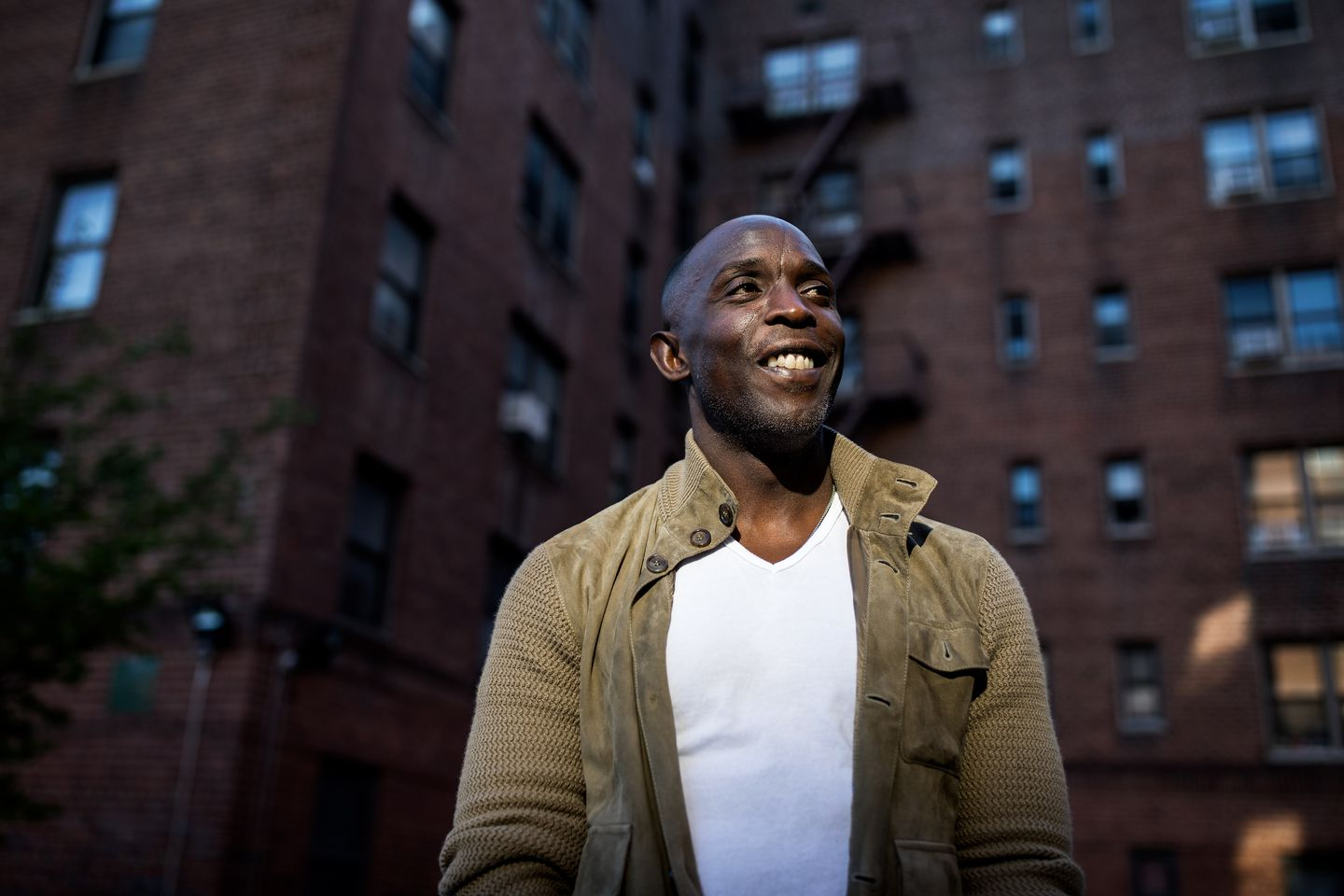 Michael K. Williams in 2017, outside a Brooklyn apartment complex where he once lived.