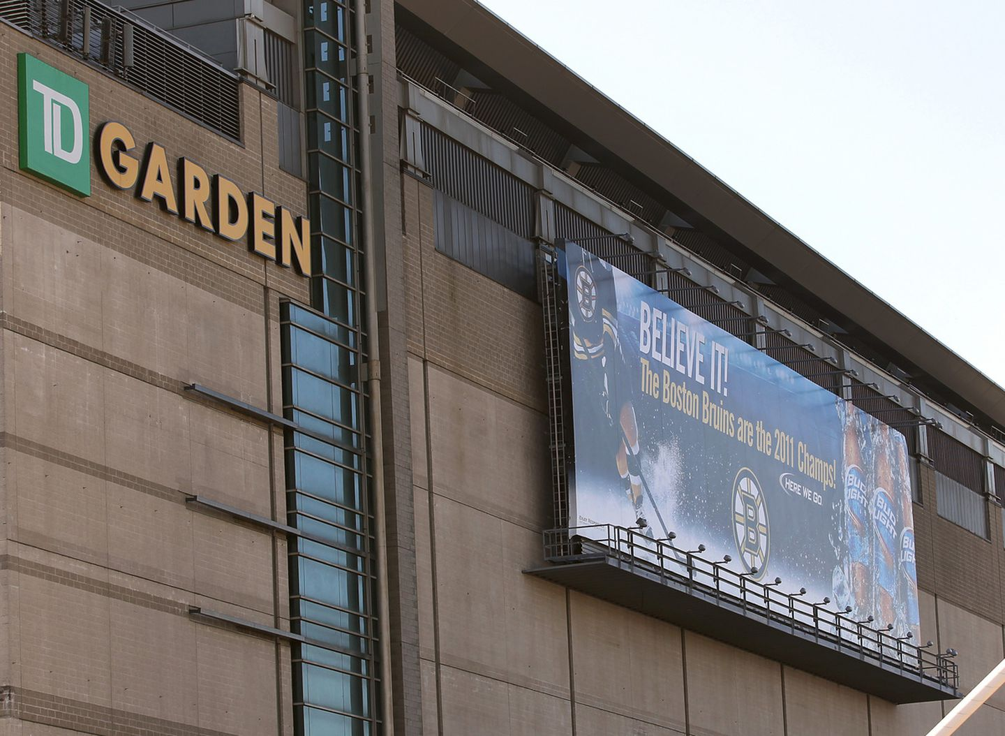 Td Garden Agrees To Shrink Beer Billboard The Boston Globe