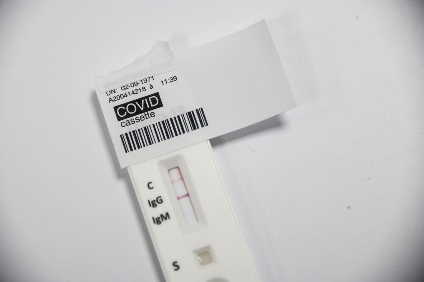 A positive COVID-19 serological test at a laboratory in Colmar, eastern France, on April 14, the 29th day of a strict lockdown in France to stop the spread of COVID-19.