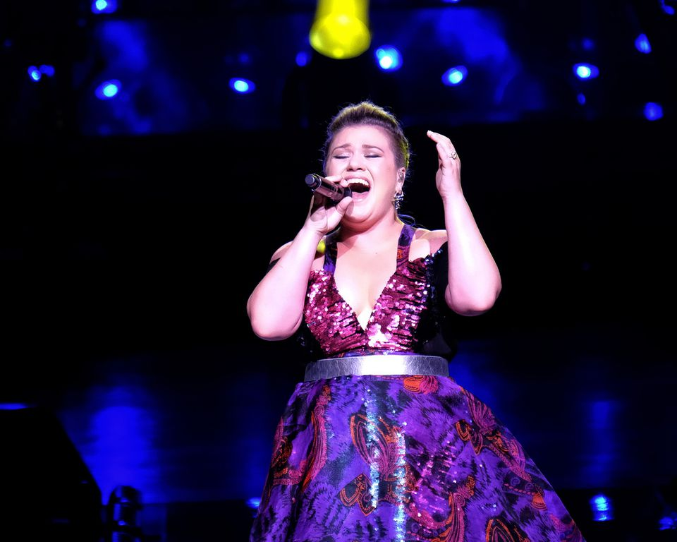 """Kelly Clarkson, inaugural winner of """"American Idol,"""" performed for a near sell-out crowd Sunday night in Mansfield."""