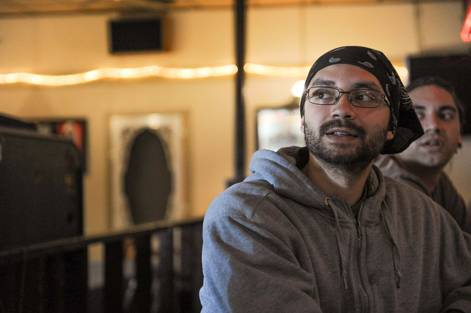 """I don't think it matters who wins,"" said Yancy Velez, a 30-year-old carpet installer lunching with his brother at Papa Duke's Paris Grill in Aliquippa."