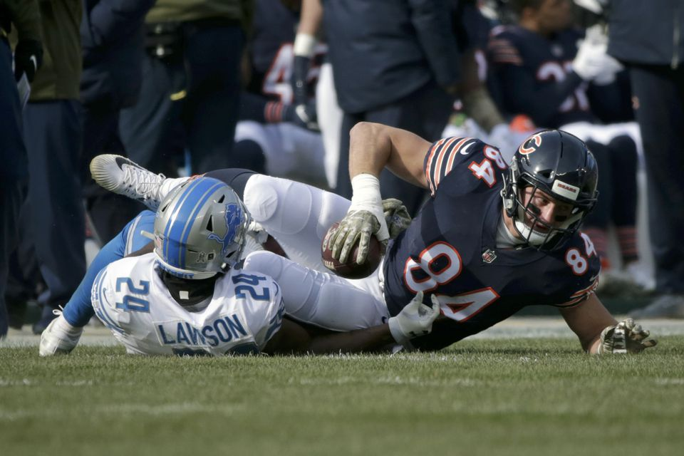 Tight end Ben Braunecker re-signed with the Chicago Bears.
