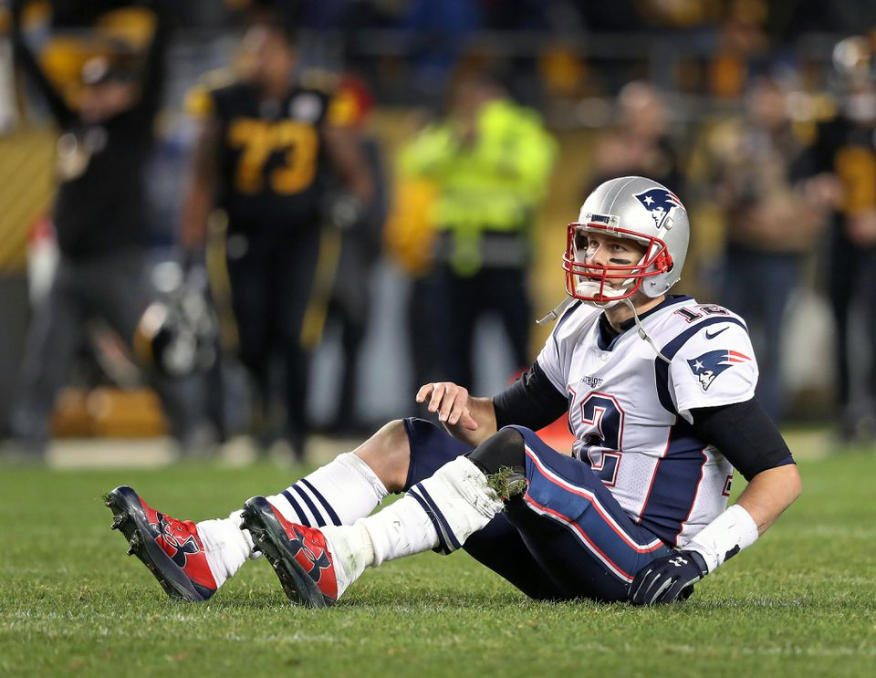 Tom Brady completed 25 of 36 passes to eight receivers for 279 yards, and a touchdown, but his last incompletion came on the last play of the game.