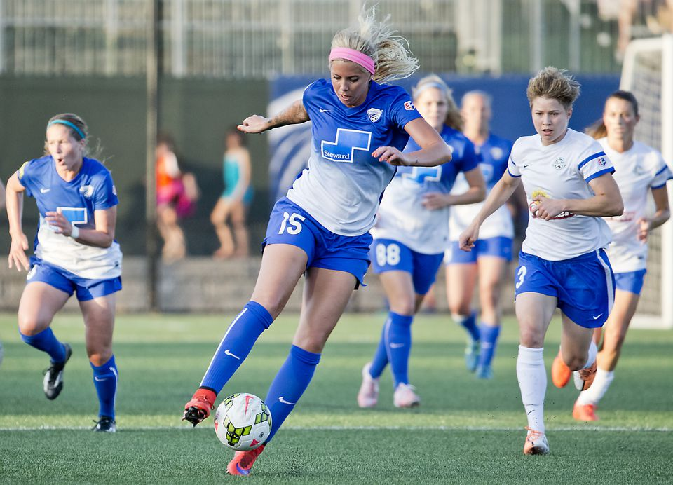 The Boston Breakers' Morgan Marlborough dribbles down field during a NWSL game in 2015.
