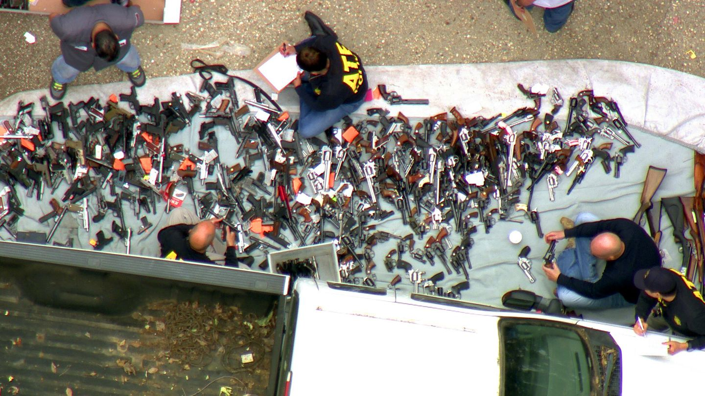 Suspect out of jail after 1000 guns seized from LA mansion