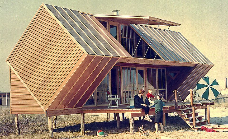 Andrew Geller designed the Hunt House, a vacation home that was located on Fire Island.