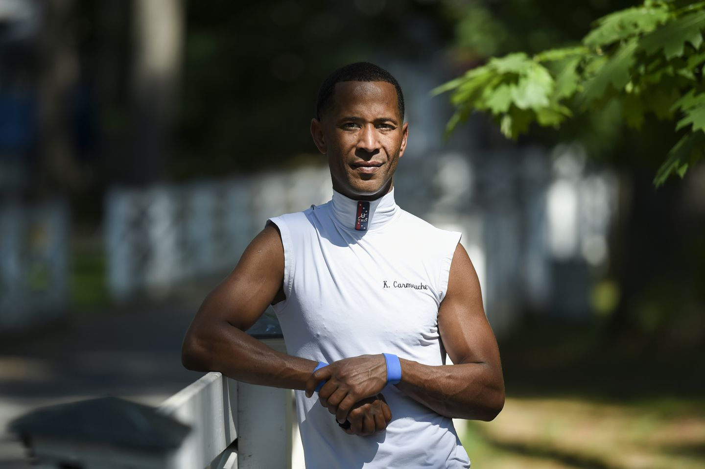 Kendrick Carmouche rides Saturday hoping to inspire as a modern rarity: A  Black jockey - The Boston Globe