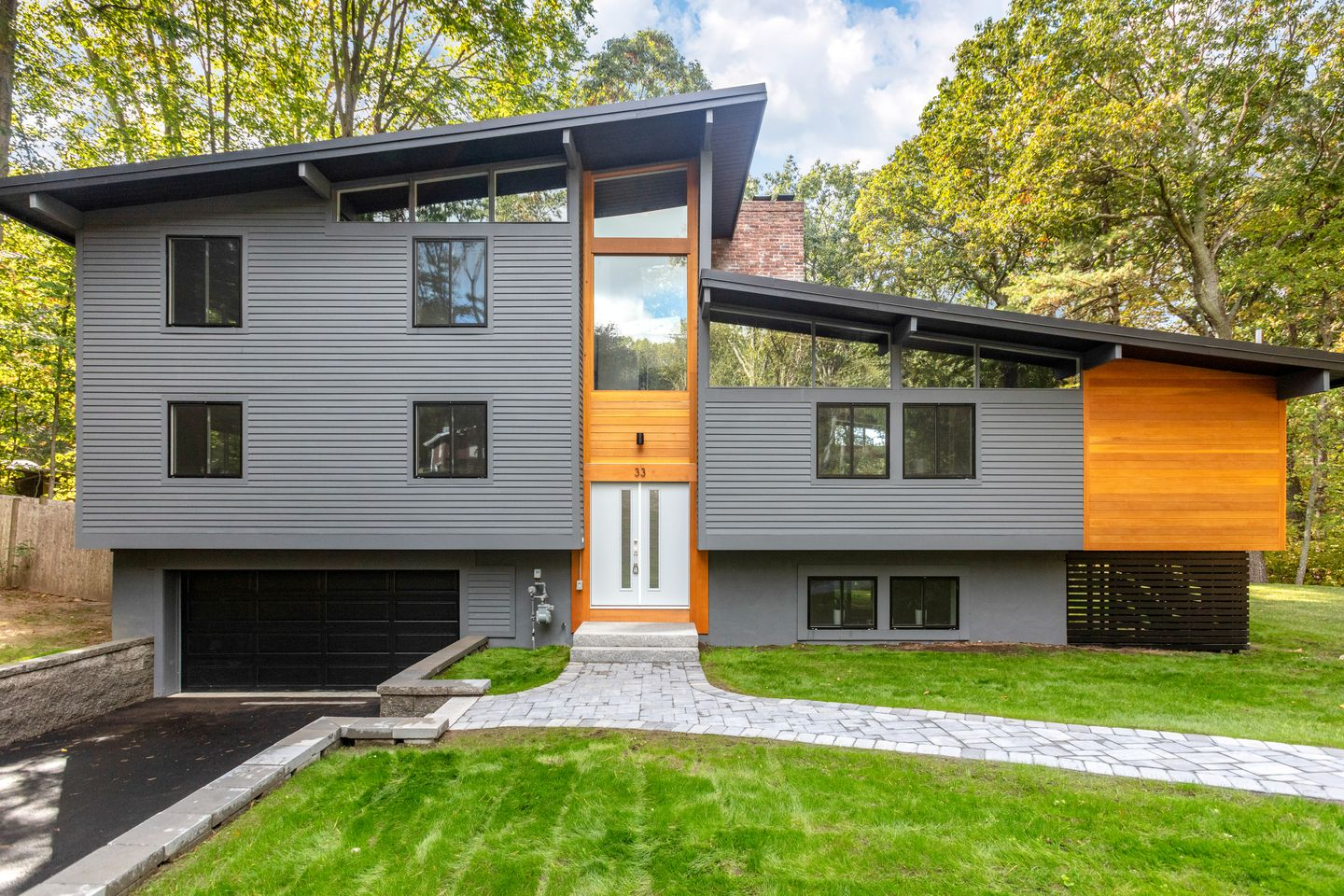 Home Of The Week Stars Of A E Flipping Show Overhauled This Natick Mid Century Modern See Inside The Boston Globe