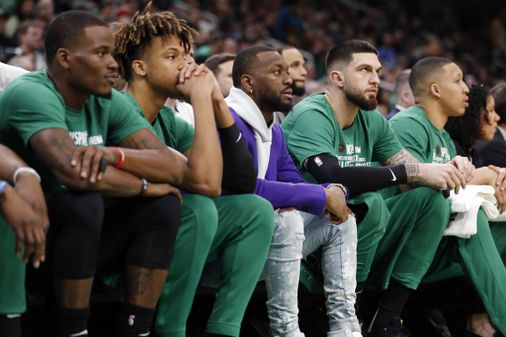 Kemba Walker's knee keeps him out of action - The Boston Globe
