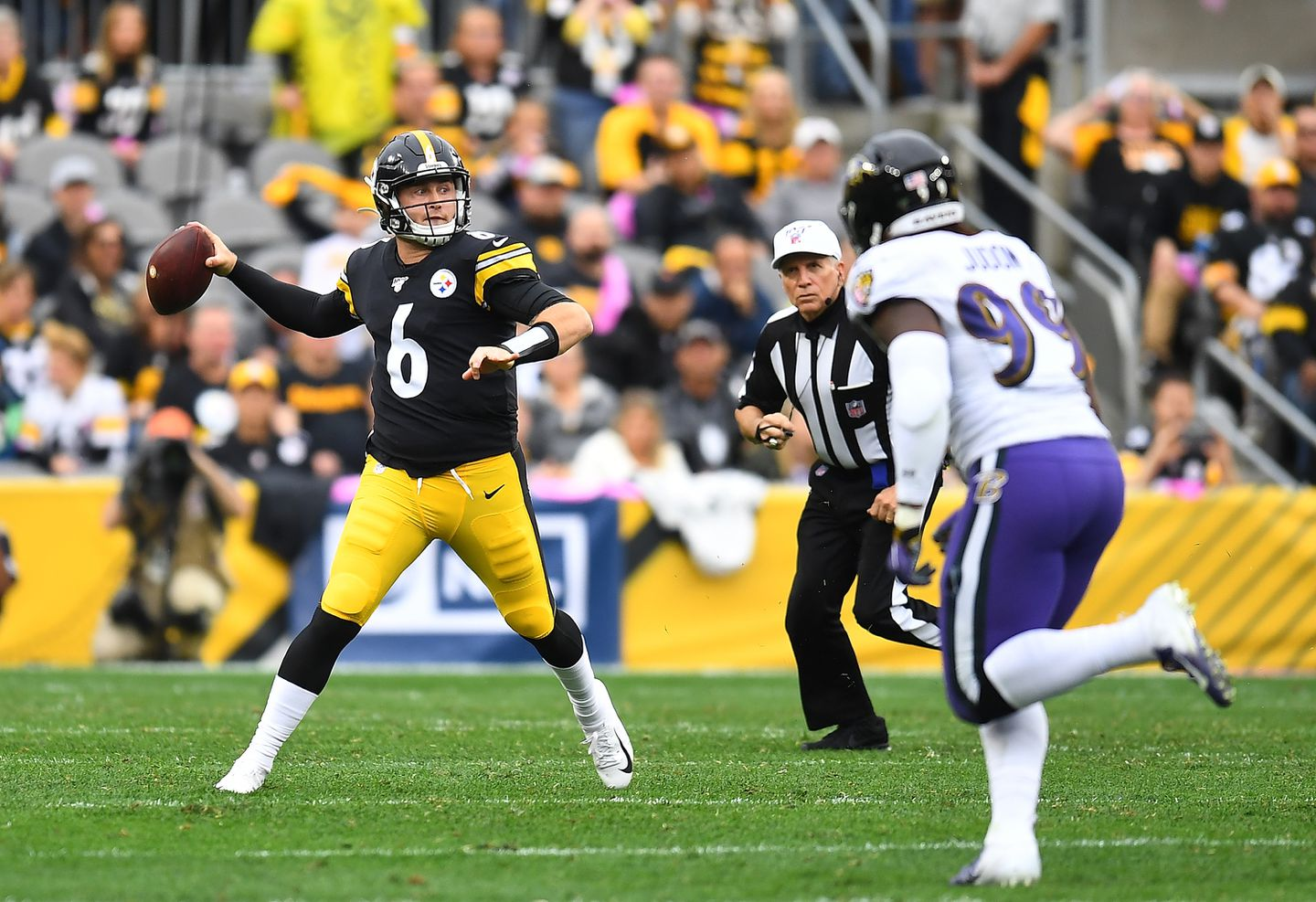 Steelers Ready To Go With Devlin Duck Hodges At Qb The