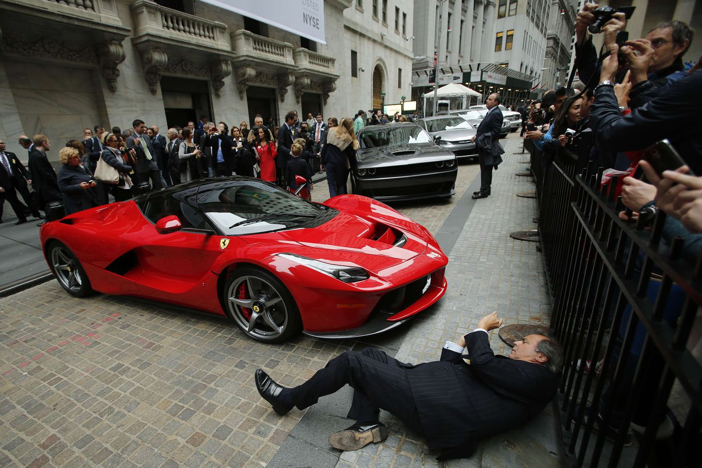 Fiat Chrysler To Spin Off Luxury Brand Ferrari The Boston Globe