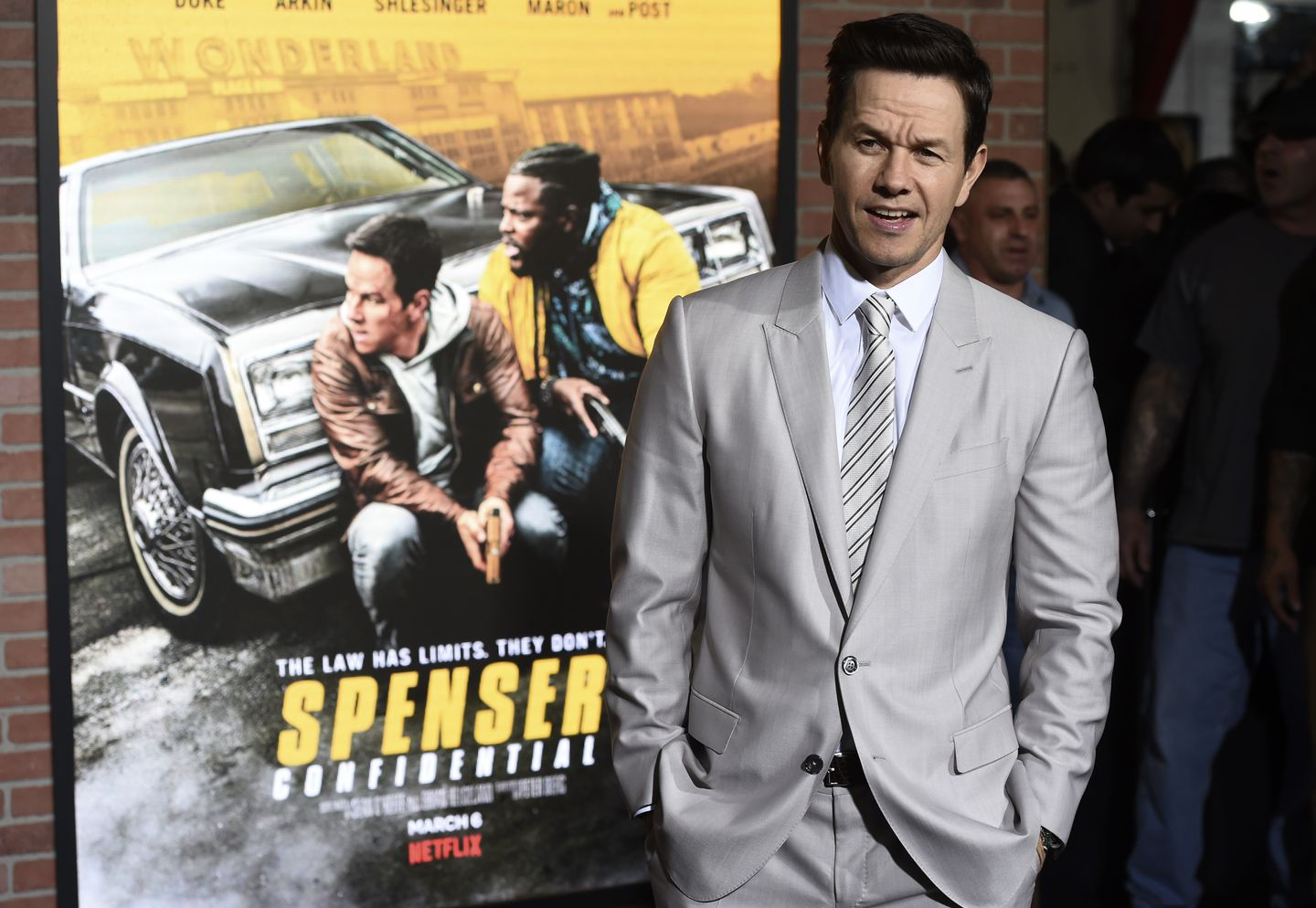 What Mark Wahlberg Had To Say About Tom Brady S Free Agency Decision The Boston Globe