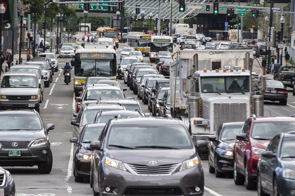 New Hampshire's pitch to Amazon: Skip the Boston traffic.