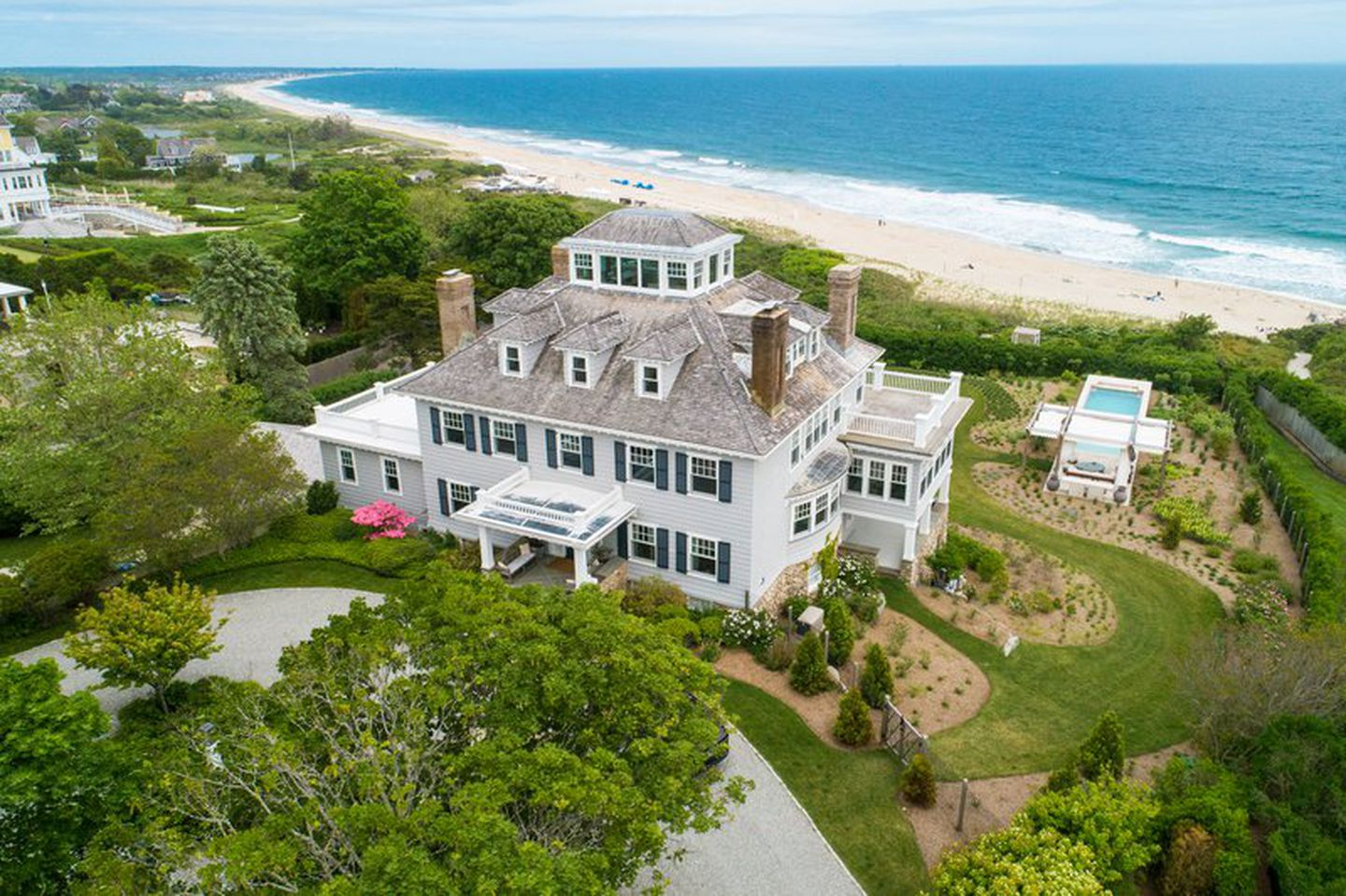 Rhode Island Mansion Near Taylor Swift S Home Sells For 17 6 Million The Boston Globe
