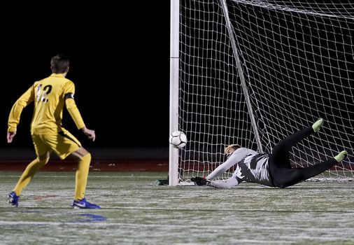 Milford's Leo Oliveira steps up to stymie Nauset for D2 South title - The Boston Globe