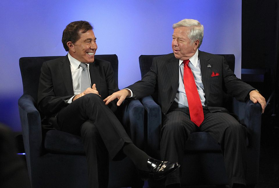 Steve Wynn and Robert Kraft said a casino in Foxborough would be an economic engine for the town and region.