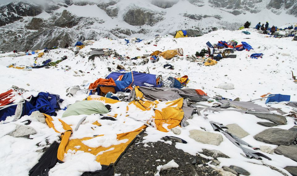The earthquake that set off avalanches near Mount Everest has killed more than 4,000.