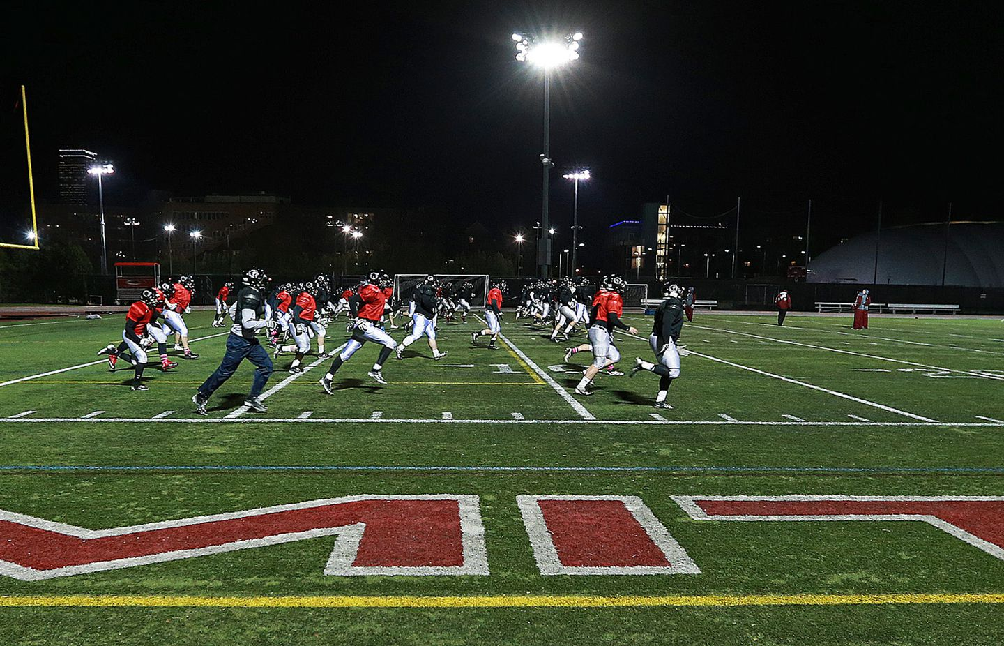 Mit S Brilliance On Football Field Leads To Undefeated Season The Boston Globe