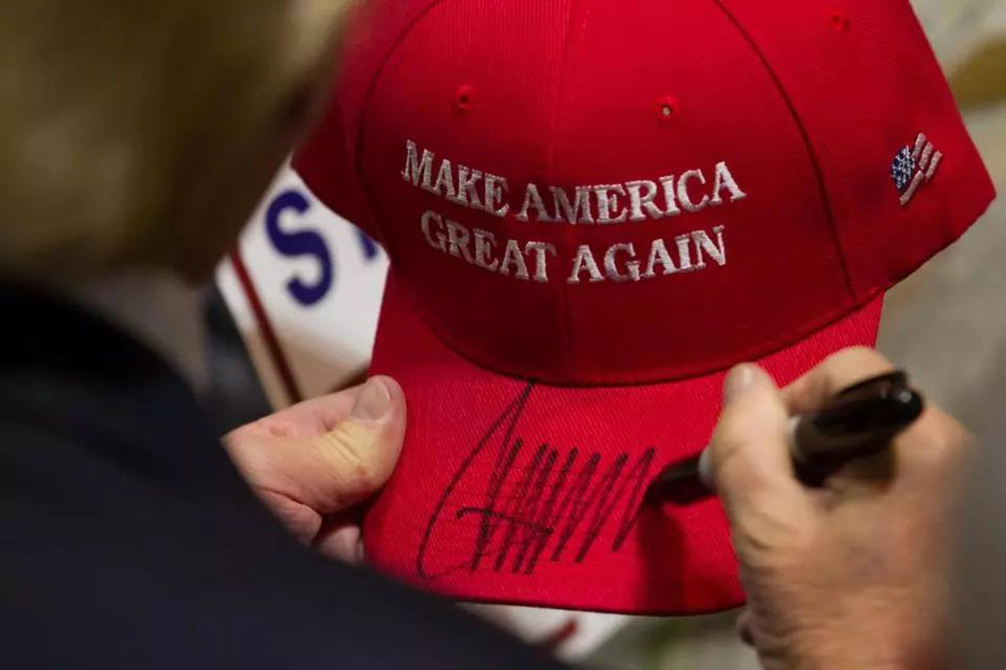 Yes, there are 'Make America Great Again' hat cakes, and yes, people seem to love them - The Boston Globe