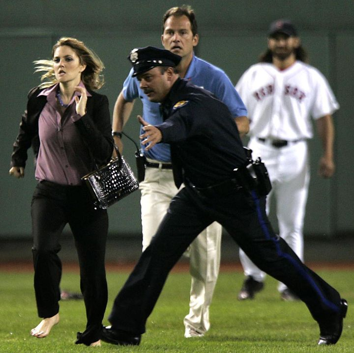 dac65fb7e6ec Drew Barrymore s run through the field during a game at Fenway Park was  filmed for a
