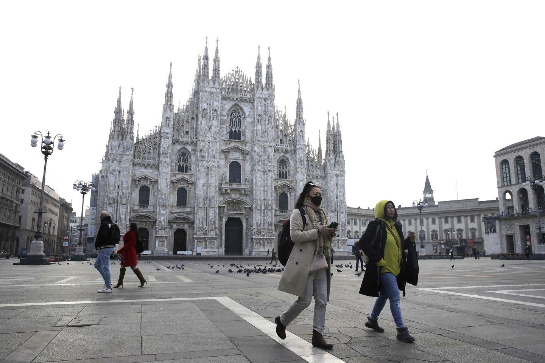 Big Jump In Virus Cases In Italy S North Despite Lockdowns The Boston Globe