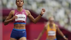 Sydney McLaughlin came from behind to win the 400-meter hurdles.