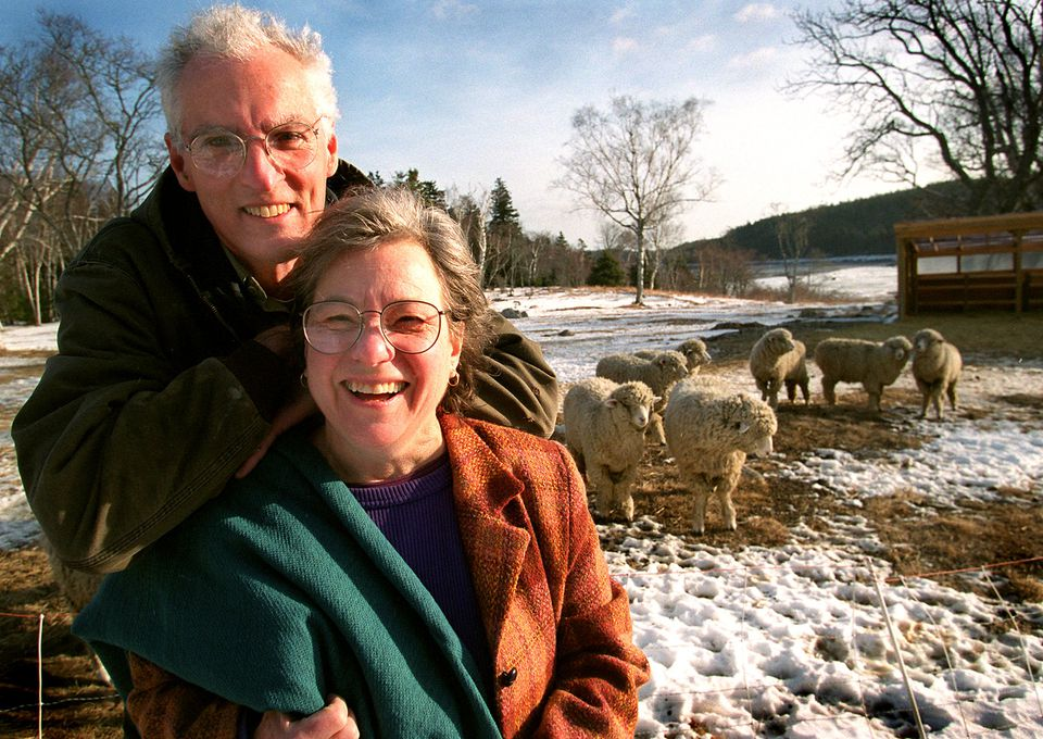 John and Carolyn Grace, used wool from their sheep farm on Maine's Swan Island in the blankets their company produced.