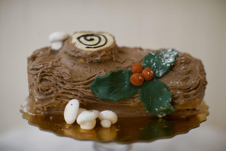 Yule Log Cake Recipe Food Network - Jinda Olm